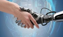 Robots protocolo que interactucan como si fueran personas.